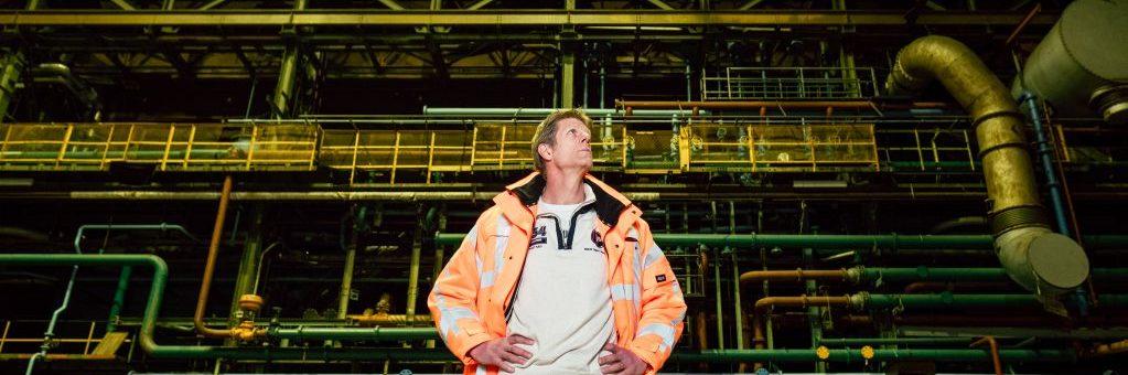 onze deskundig inventariseerde asbest aan het werk op locatie Czaar Peterstraat te Amsterdam